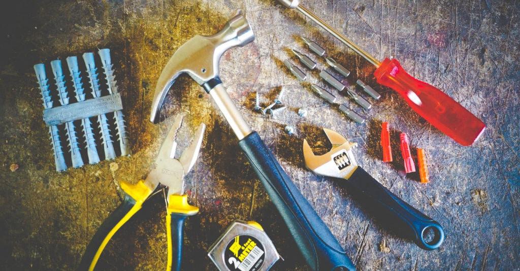 Should you build a DIY website or hire a professional web designer?